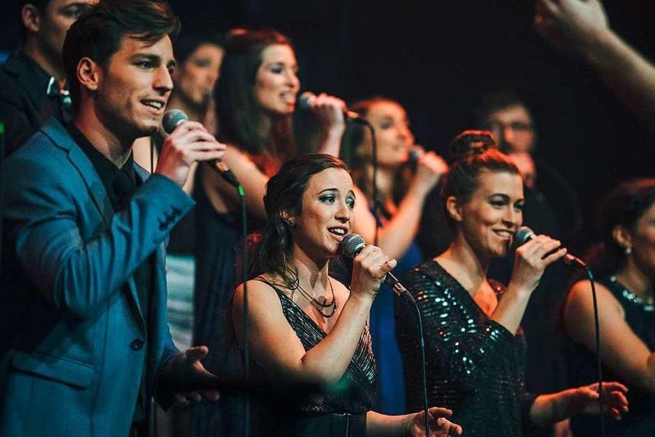 42 Sängerinnen und Sänger zwischen 19 und 35 Jahren – das ist der Popchor Twäng! (Foto: Fabio Smitka)