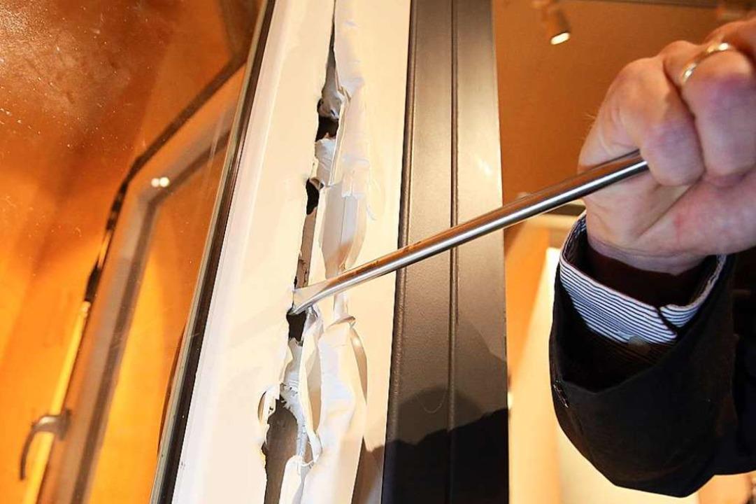 Unbekannte Täter verschaffen sich in d...rger Stadtteilen zutritt zu Wohnungen.  | Foto: dpa