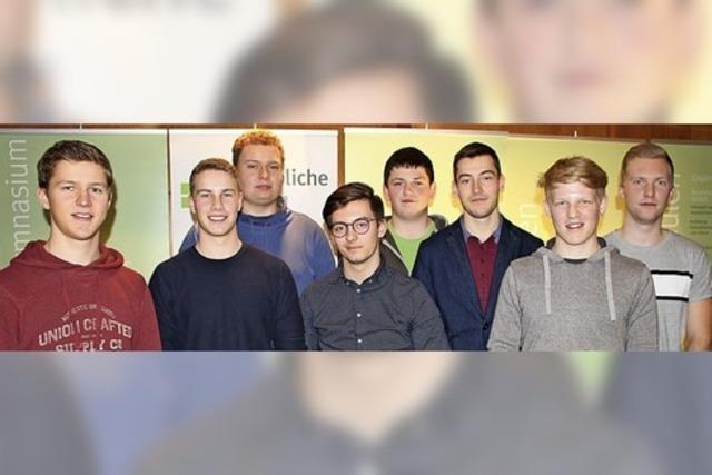 Schüler schaffen Elektro-Autoverleih