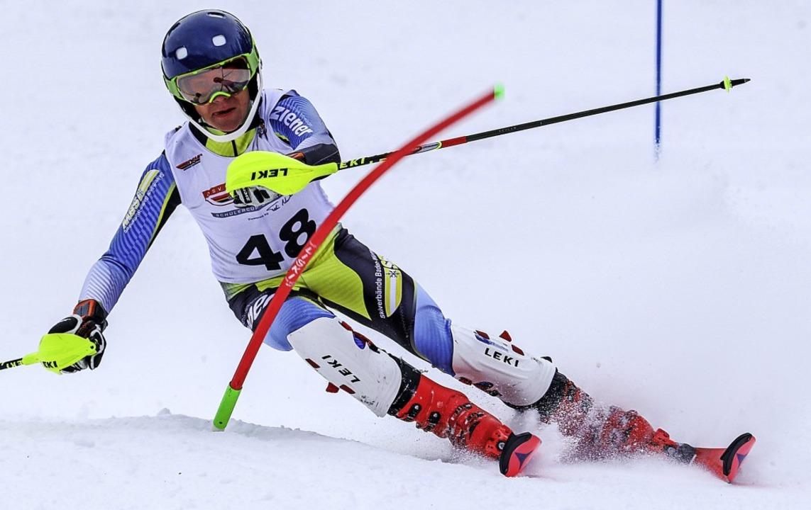 Silas Söllner vom Skiteam Freiburg bot...rrenz in zwei Slalomrennen die Stirn.   | Foto: Siegmund