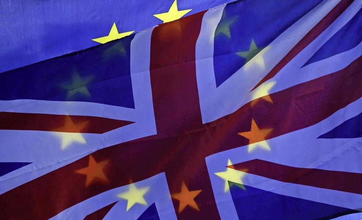 Noch vereint: Europa-Flagge und Union Jack   | Foto: DPAS