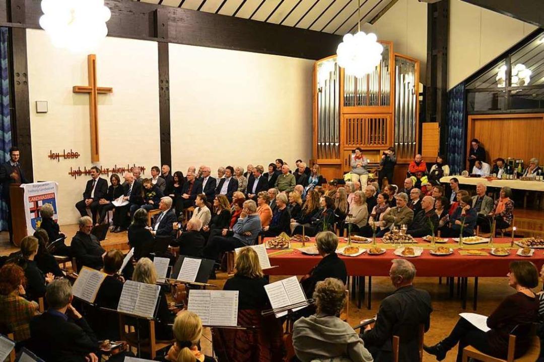 Voll besetzt war der Saal der evangeli...sempfang des Bürgervereins Landwasser.  | Foto: Klaus Pietsch