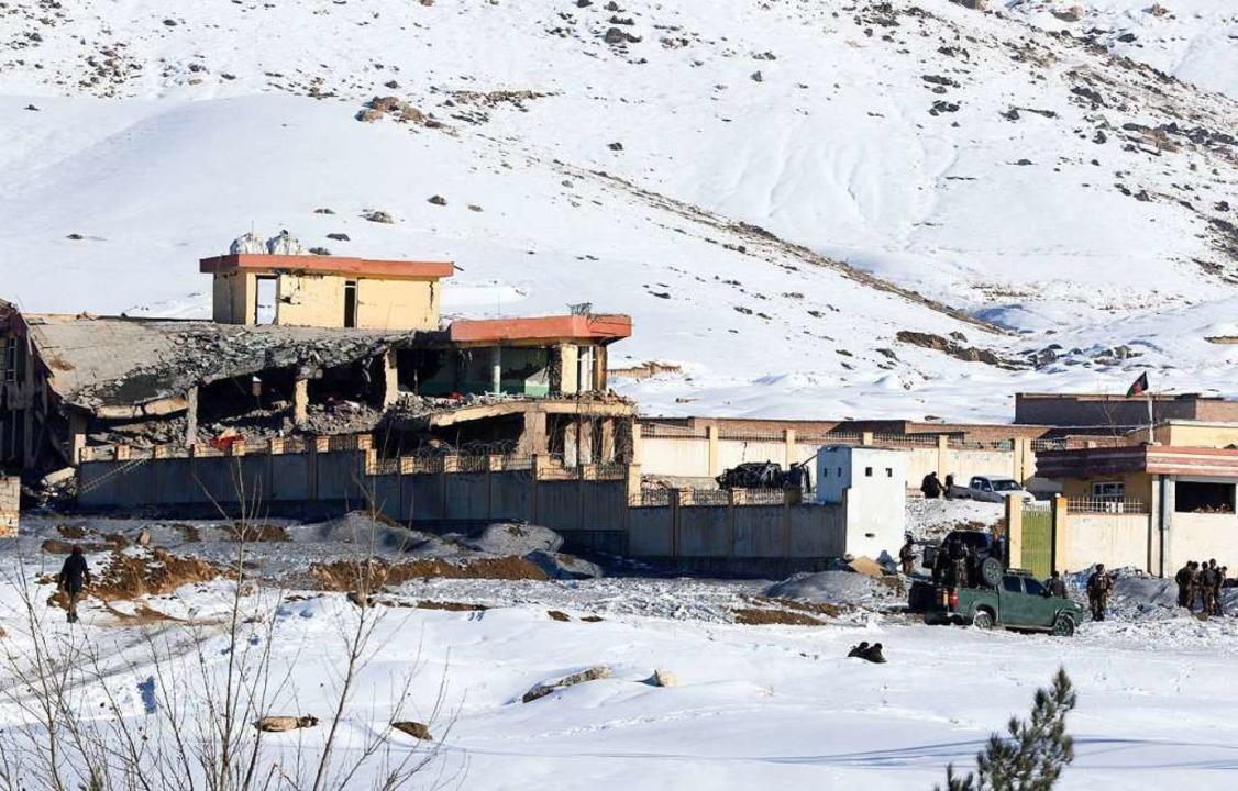 Mitglieder der afghanischen Sicherheit... 15 Sicherheitskräfte getötet worden.   | Foto:  Sharif/XinHua/dpa