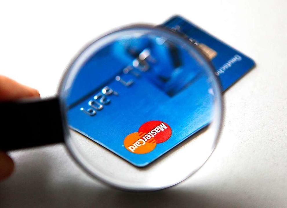 EU-Kommission verhängt 570 Millionen Euro Strafe gegen Mastercard  | Foto: dpa