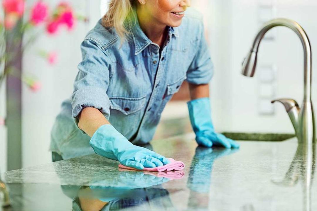In einer sauberen und aufgeräumten Küche macht das Kochen gleich doppelt Spaß!  | Foto: Photographee.eu via AdobeStock