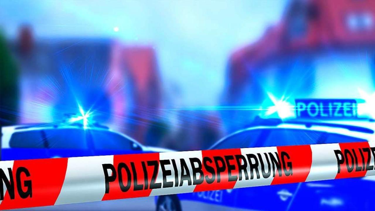 Stau nach Unfall auf der A2 bei Muttenz in der Schweiz (Symbolbild)  | Foto: Riko Best (Fotolia)