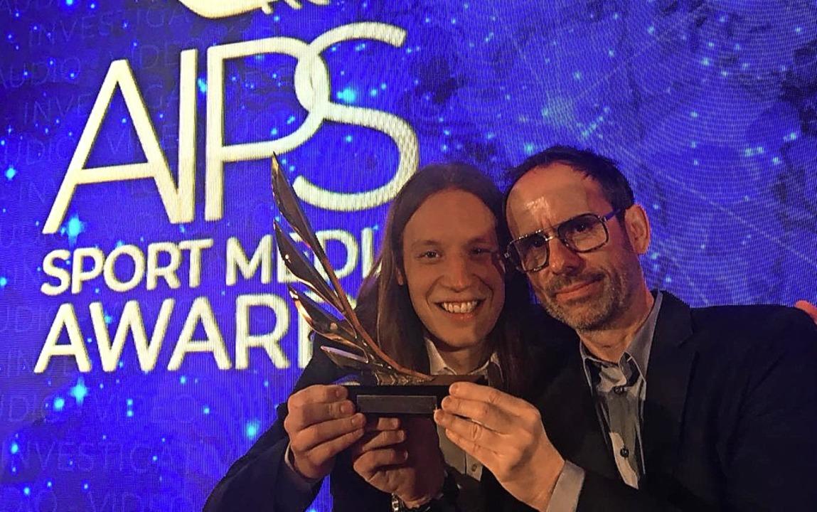 Primin Styrnol (links) und Jürgen Schmidt mit dem Preis     Foto: Privat