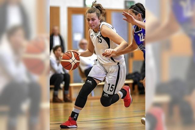 Basketballerinnen behalten die Ruhe