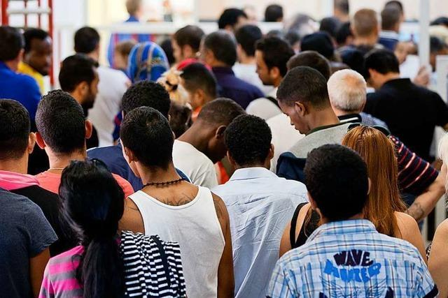 Rund 185.000 Asylanträge im Jahr 2018 – Rückgang um 16 Prozent