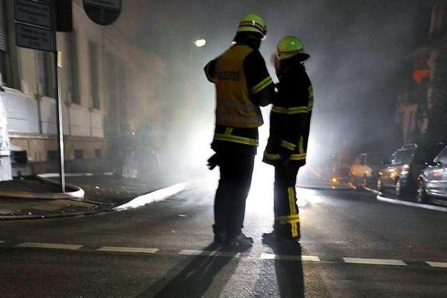 Wenn junge Feuerwehrleute zu Brandstiftern werden