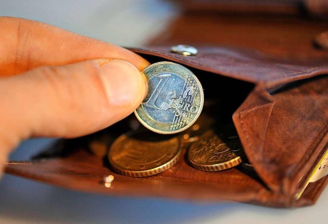 Plötzlich war das Portemonnaie weg (Symbolbild).  | Foto: dpa