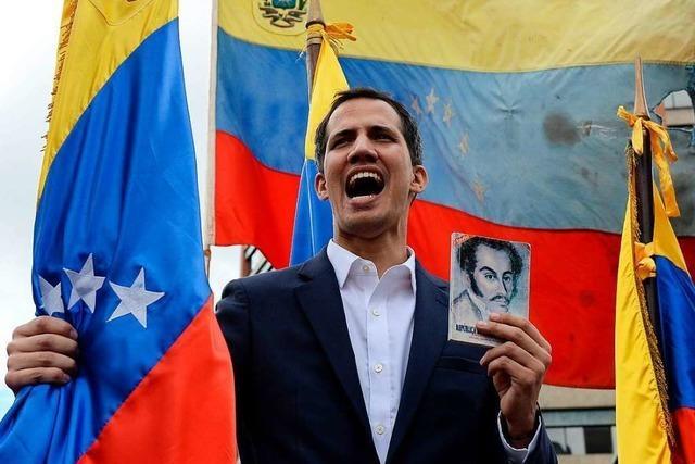 Machtkampf in Caracas: Oppositionsführer erklärt sich zum Präsidenten