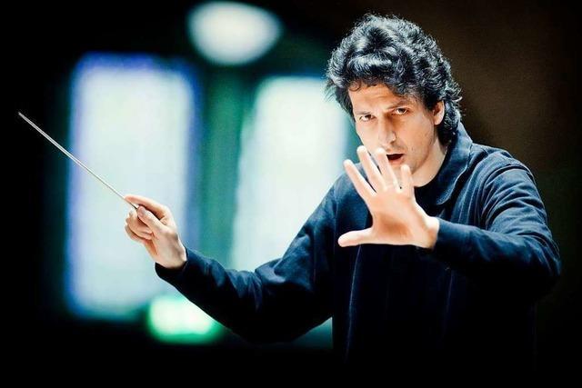 Michael Sanderling dirigiert das SWR-Symphonieorchester in Freiburg