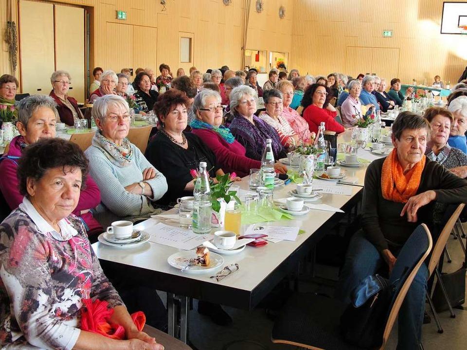 Geballte Frauenpower: Landfrauen bei d...g des Bezirks Lörrach  in Binzen 2016.    Foto: Jutta Schütz