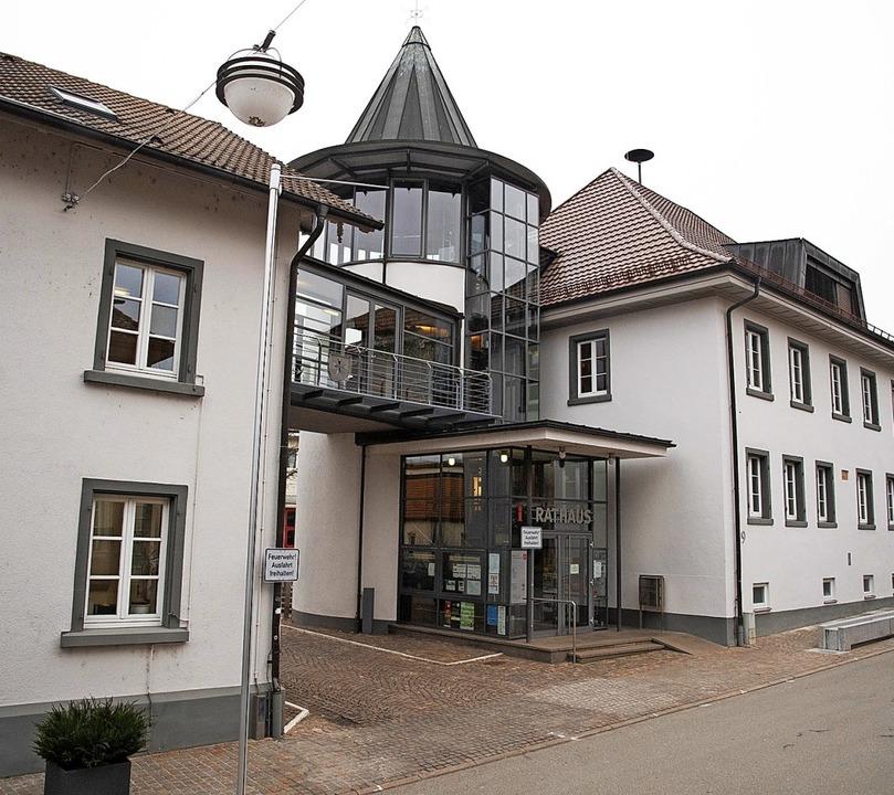 Wer übernimmt die Chefposition im Heit...r findet die Bürgermeisterwahl statt.   | Foto: Volker Münch