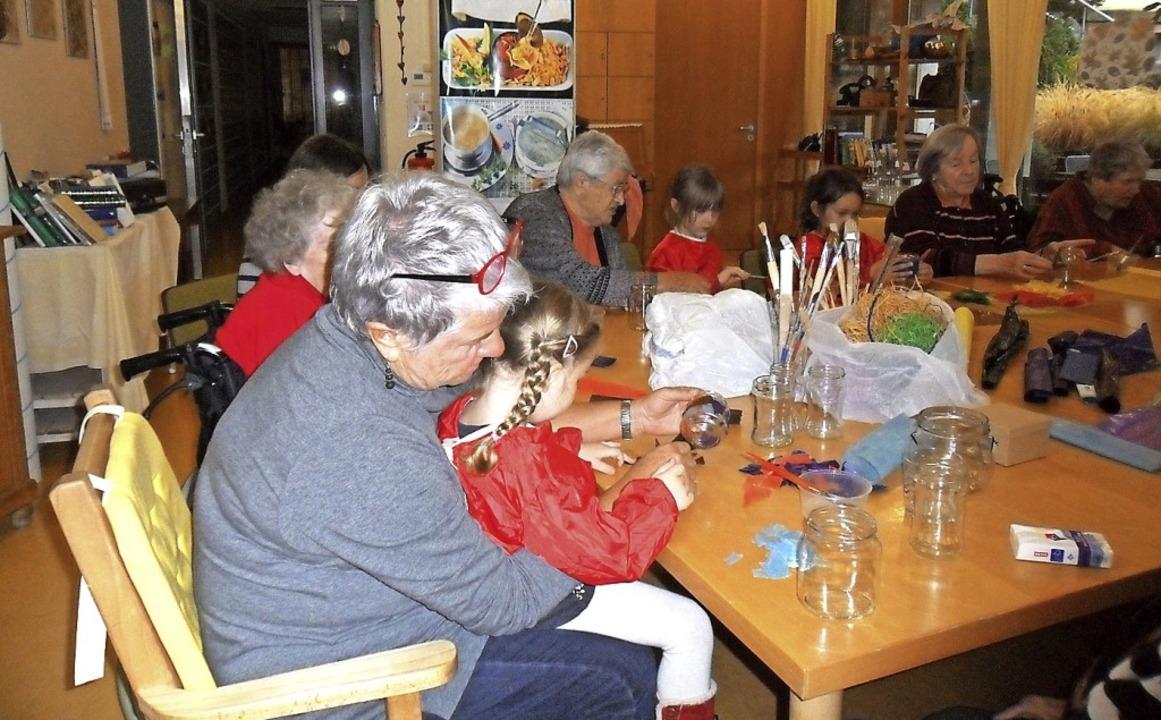 Von den Treffen profitieren Jung und A... hochbetagte Menschen in St. Nikolai.   | Foto:  Stadt Waldkirch