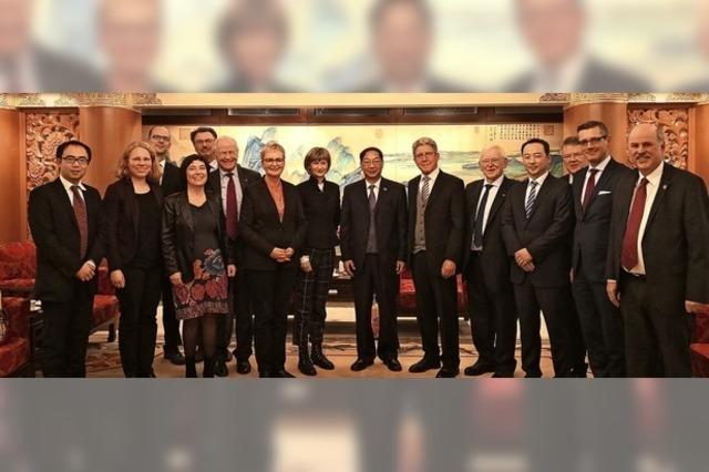 Treffen mit dem chinesischen Botschafter Shi Mingde
