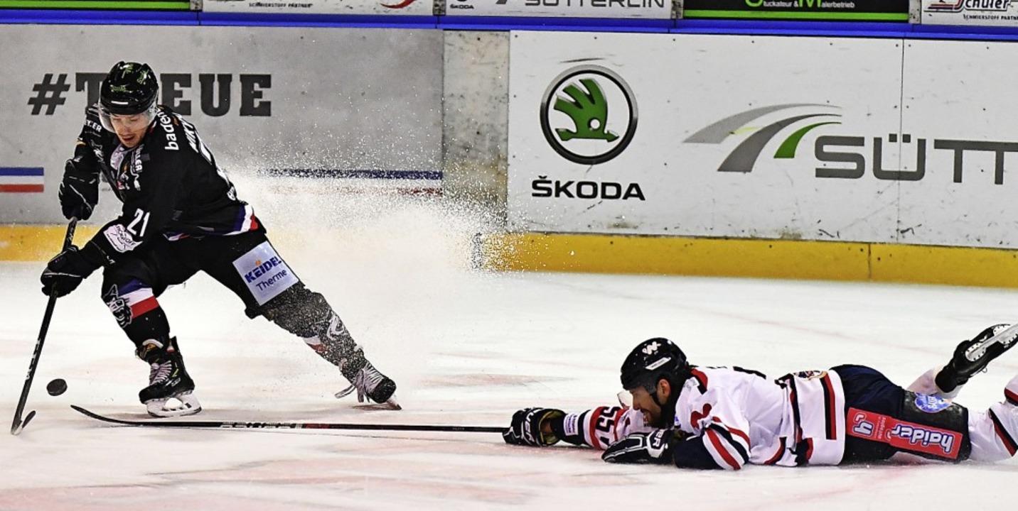 Ein Tscheche tanzt den Gegner aus: Jos...pielen fehlt noch etwas die Konstanz.     Foto: Keller