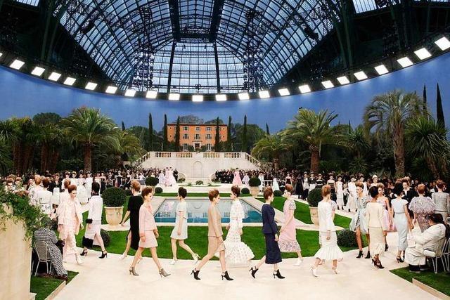 Lagerfeld fehlte bei seinen Haute-Couture-Schauen in Paris