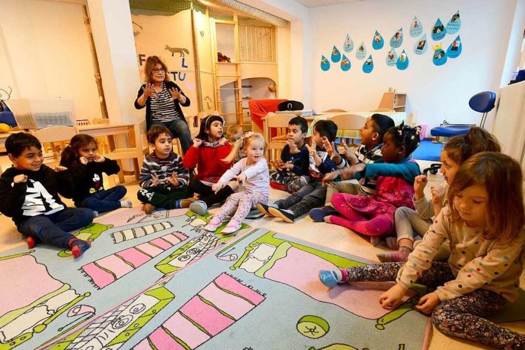 Die Älteren im Kindergarten St. Martin...die Kleinen sind im Altbau (rechts).      Foto: Schneider