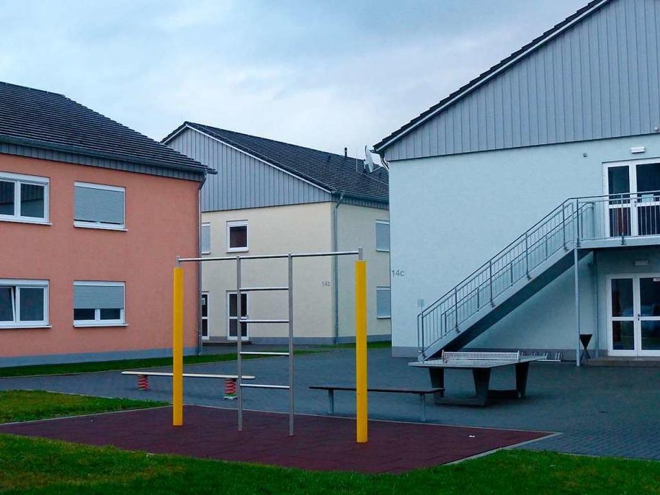 Gebäude im Gewerbegebiet Niedermatten ...bringung von Arbeitskräften verwendet.  | Foto: Andrea Gallien