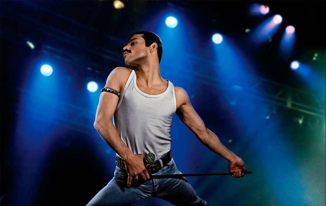 Rami Malek als Freddie Mercury in eine...er Film ist für einen Oscar nominiert.  | Foto: dpa