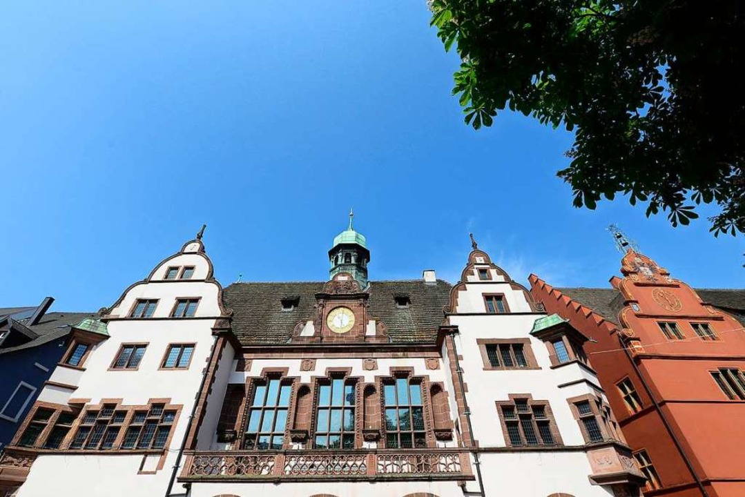 Nicht alles, was hinter den Rathaus-Ma...rbürgermeister mitteilen (Symbolbild).    Foto: Ingo Schneider