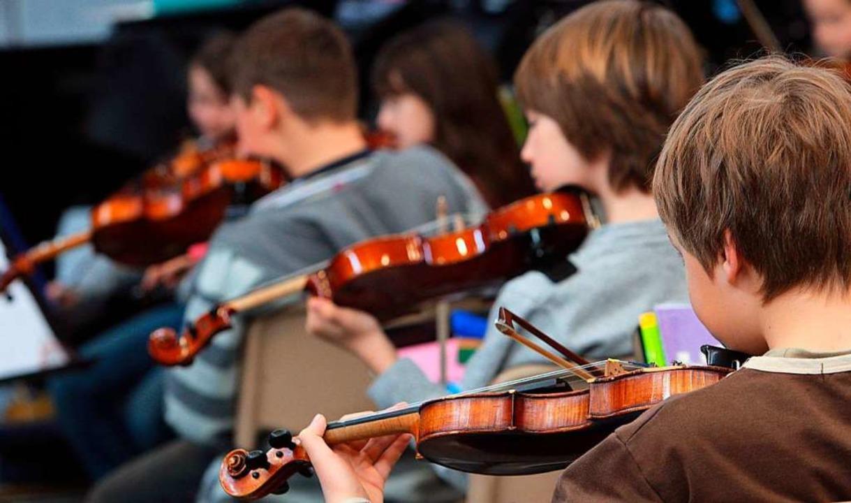 Bei Jugend musiziert zeigen junge Talente, was sie können.  | Foto: dpa