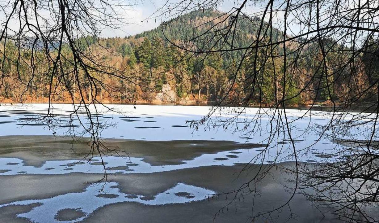 Auch am Bergsee ist es derzeit kalt. (Symbolfoto)  | Foto: Karl Braun