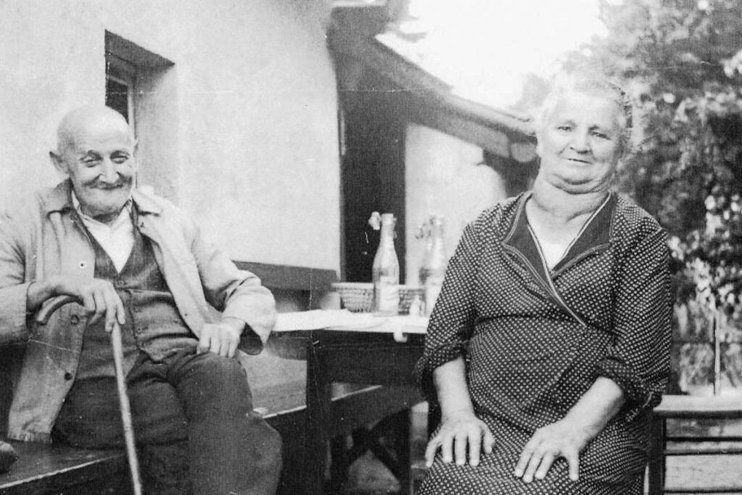 Herr Kiefer und Frau Billmann waren ei...er Urgesteine und Nachbarn im Hebsack.  | Foto: privat