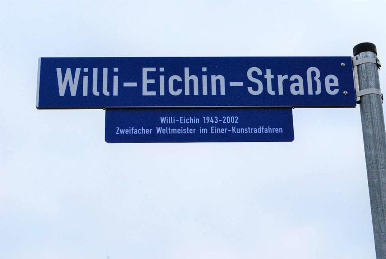 Wo das Haagener Neubaugebiet Belist en...nstradfahrer Willi Eichin benannt ist.  | Foto: Thomas Loisl Mink