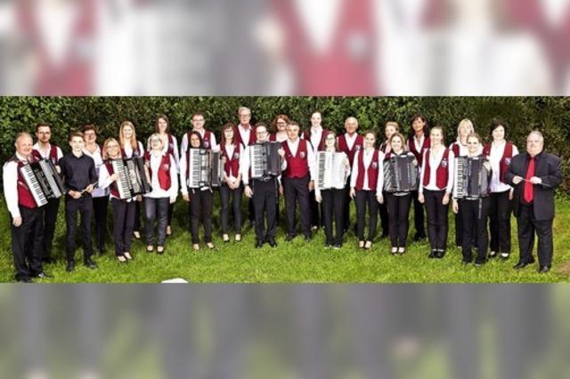 Handharmonika Club verabschiedet sein Dirigenten in SUlzburg