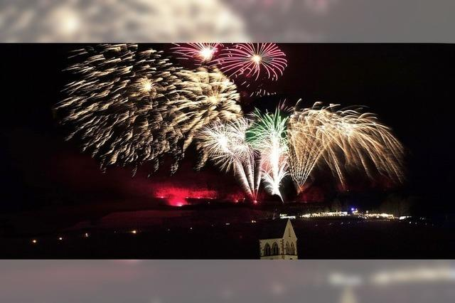 Feuerwerk über Britzingen