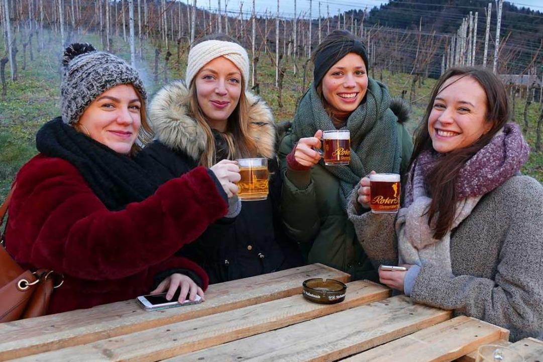 Gute Laune, Gemütlichkeit und drei ver... Glühweine gab es beim Winterweinfest.  | Foto: Christian Ringwald