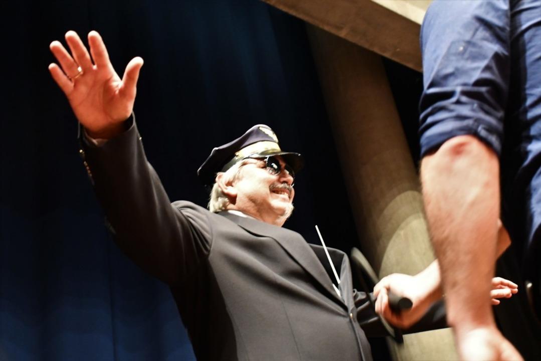Jahreskonzert der Stadtmusik Lörrach: ...ontrolle vor dem musikalischen Abheben  | Foto: Barbara Ruda