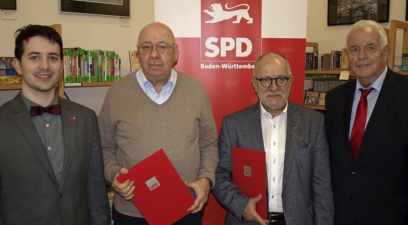 Beim Neujahrsempfang des SPD-Ortsverei...nhouver und MdL Rainer Stickelberger.   | Foto: Paul Schleer