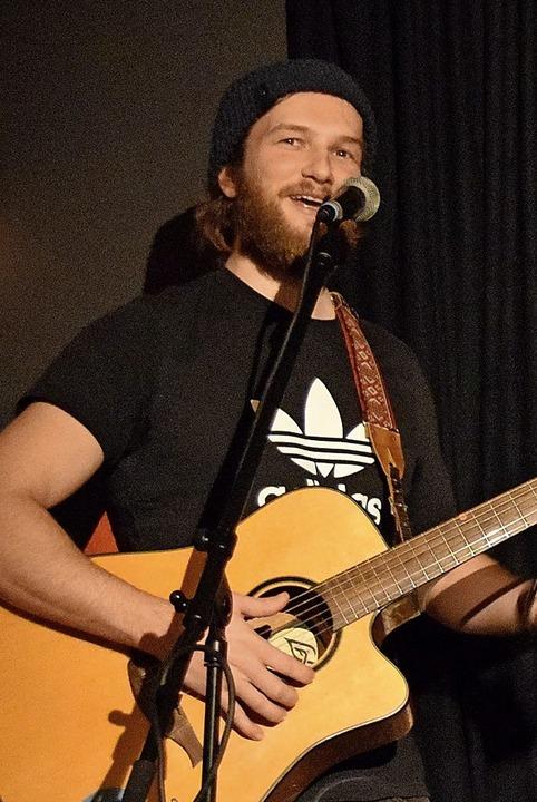 Der Gitarrist der Siegerband Qult aus Freiburg     Foto: Sandra Raith