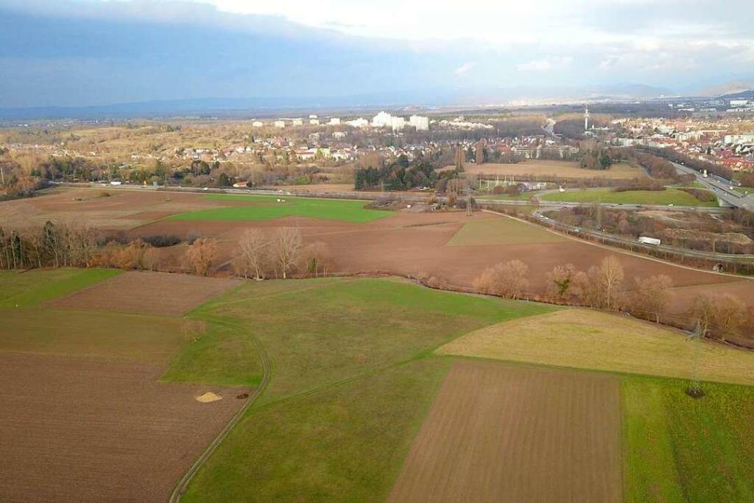 Wo Dietenbach gebaut werden soll: Das ...e) und Besançonallee (im Bild rechts).  | Foto: Michael Saurer