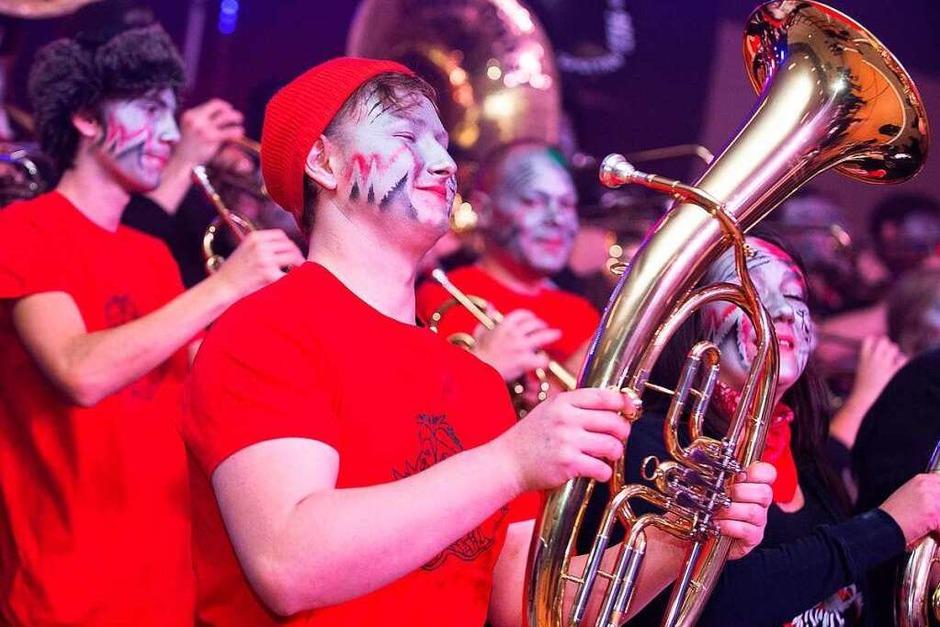 Ein Hoch der Guggenmusik Bonndorf – zum Geburtstagsfest gab es jede Menge musikalische Grüße. (Foto: Wolfgang Scheu)