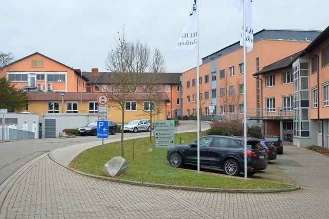 Parteien im Kreistag kritisieren eingeschränkten Betrieb der Breisacher Helios-Klinik