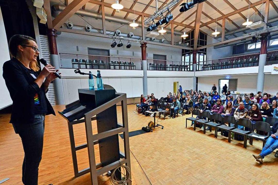 In Workshops und Vorträgen ging es bei...sexuelle und geschlechtliche Vielfalt.  | Foto: Michael Bamberger