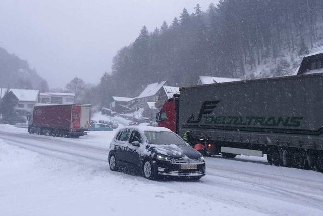 Die Fahrt für mehrere Lastwagen endete am Montag bei Todtnau