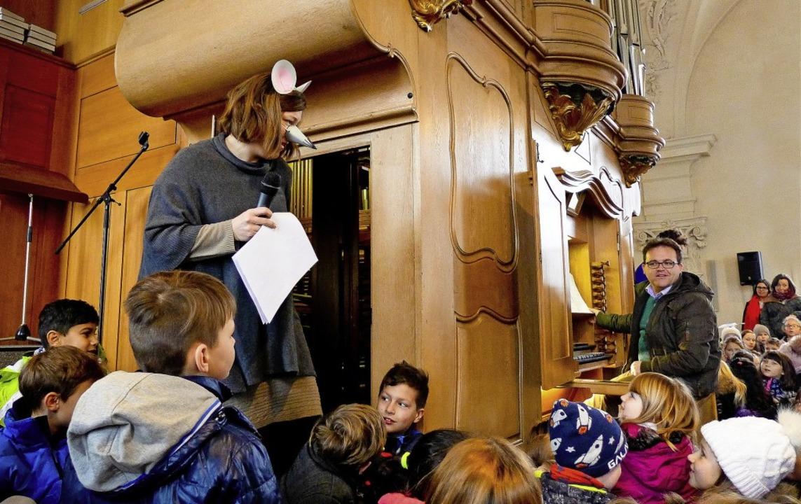 Mit der Geschichte von Orgelmaus Charl...er Endinger Peterskirche  in Staunen.   | Foto: Ute Schöler