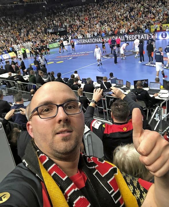Sebastian Gehring: Ein Selfie nach dem...r deutschen Mannschaft gegen Kroatien.    Foto: Sebastian Gehring