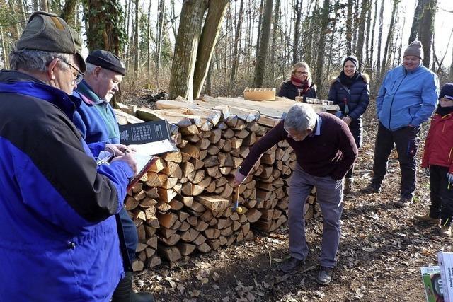 20 Doppelster Brennholz fanden rasch Abnehmer