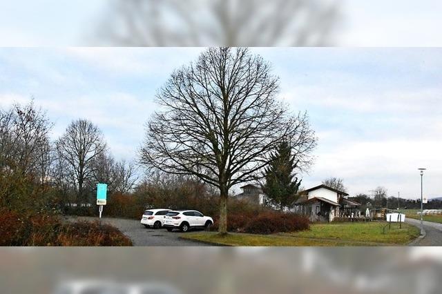 Parkplatz soll Wohnhaus weichen