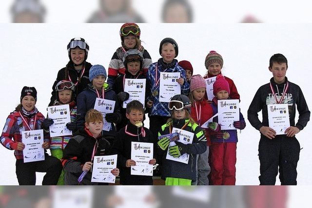 Stolze Ibacher Skiläufer