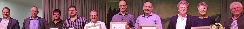 Herbert Duttlinger (Geschäftsführer), ... Jahre) Bruno Kaiser (Firmengründer).   | Foto: Ulrike Spiegelhalter