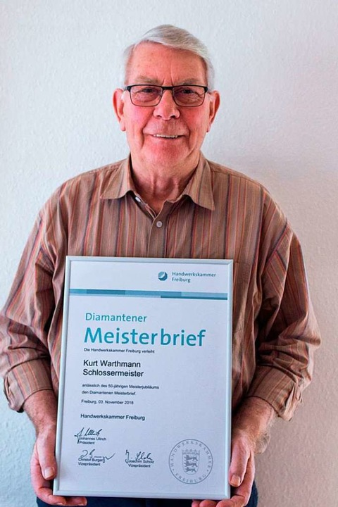 Schon 50 Jahre  Schlossermeister: Kurt Warthmann  | Foto: Eberhard Gross