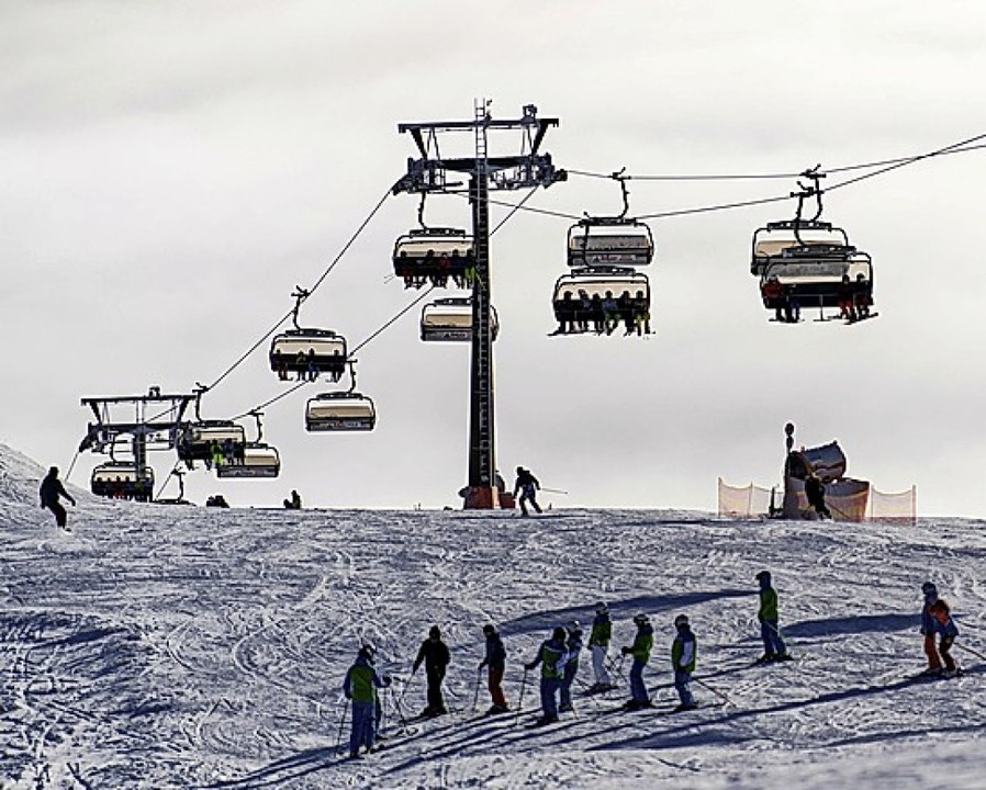 Skifahren am Feldberg  | Foto: Patrick Seeger (dpa)
